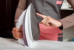 Как выбрать отпариватель для одежды: рейтинг лучших